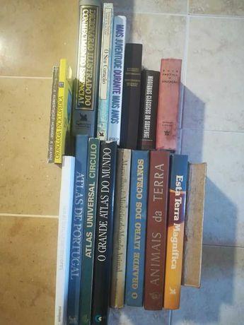 Vários livros, Atlas, Enciclopédia, Dicionário Ilustrado