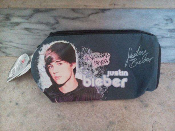 NOVO A ESTREAR - estojo Justin Bieber