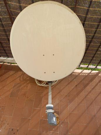Antena satelitarna talerz