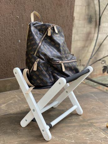Підставка для сумок