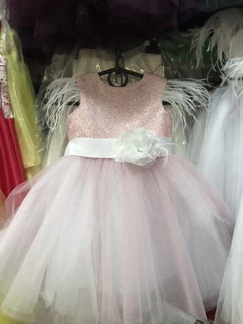 Платье на годик, нарядное платье ,кружевноеплатье,платтянарік