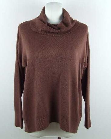 Sweter oversize cappuccino, atmosphere