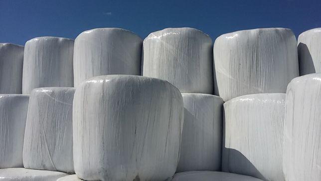 Koniczyna lucerna bele sianokiszonki trawa w belach
