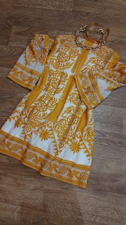 Платье со спущенными рукавами LAYERS Paris