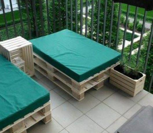 Materac w pokrowcu na balkon , do namiotu, przyczepy kempingowej ,