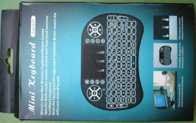 Беспроводная мини-клавиатура с подсветкой и аккумулятором