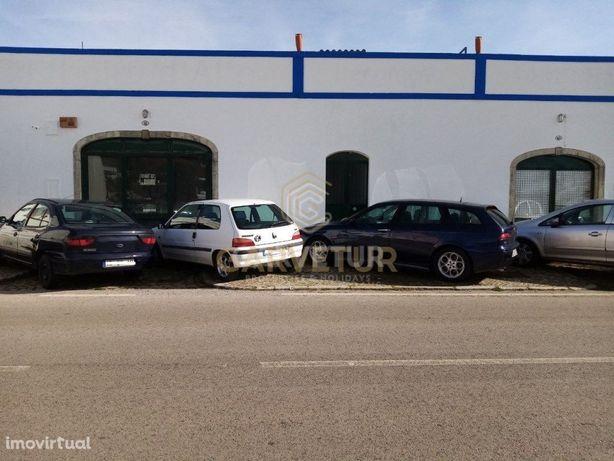 Armazém destinado a comércio ou industria, Alte, Algarve