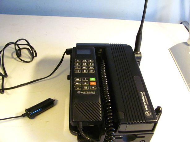 Stary telefon komórkowy Motorola