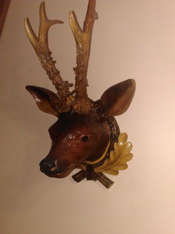 Резная деревянная голова косули с натуральными рогами