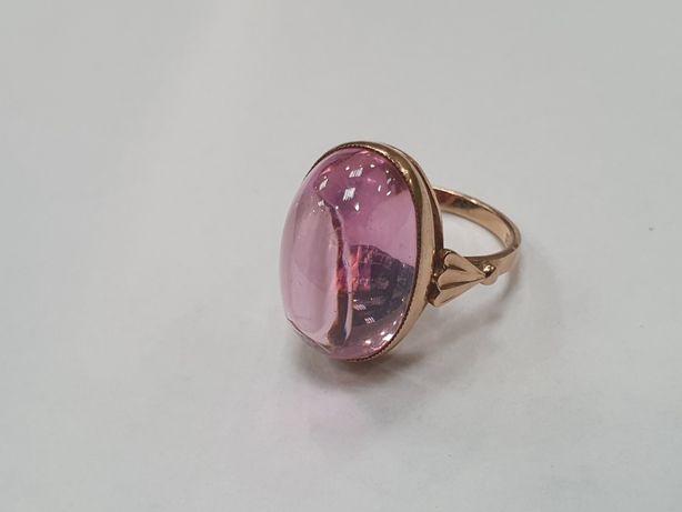 Różowy kamień! Piękny złoty pierścionek/ Radzieckie 583/ 8.86 gr/ R14