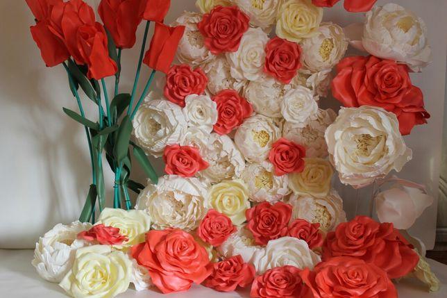 Арка з квітами, фотозона, ростові квіти