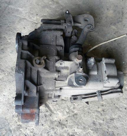КПП Коробка передач Volkswagen Golf 2-3 Passat B3 B4 Amulet Toledo
