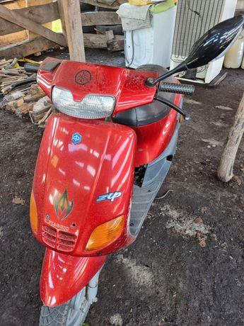 Скутер мотороллер PIAGGIO Италия