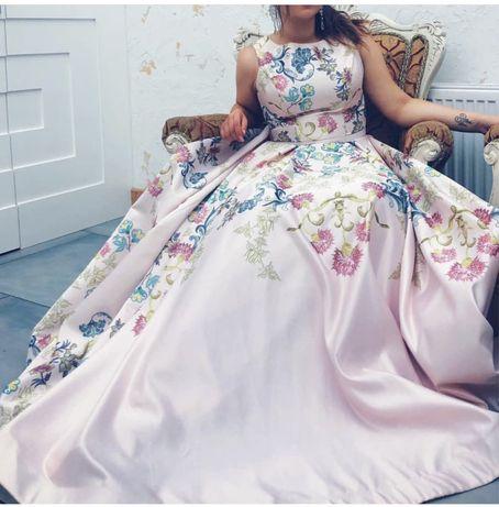 Эффектное вечернее, свадебное, выпускное платье