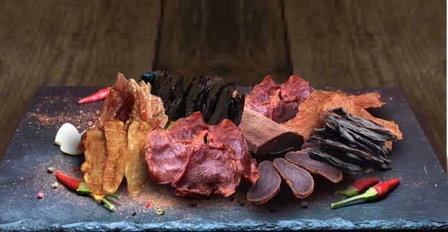 Мясные снеки (конина , свинина , говядина , курица) джерки, соломка
