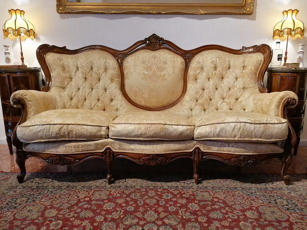 Antigo Sofá / Canapé Clássico, Luís XV. Tecido adamascado dourado bege
