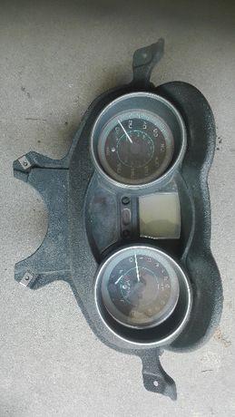Piaggio X EVO 125 Liczniki, zegary