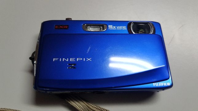 máquina fotográfica Fujifilm Finepix Z900EXR
