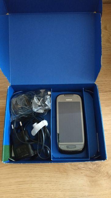 Telefon Nokia C7 - sprawny