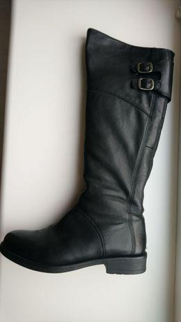 Черные кожаные сапоги Vagabond