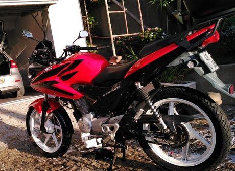 Honda CBF 125cc  troco por 2t