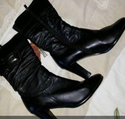 Зимові шкіряні чобітки 40.5 розмір