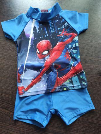 Костюм для плавания. Плавки и футболка