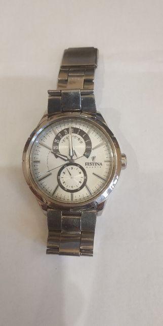 Часы мужские Festina F16573
