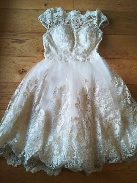 Sukienka wizytowa Chi Chi London koronka komunia wesele