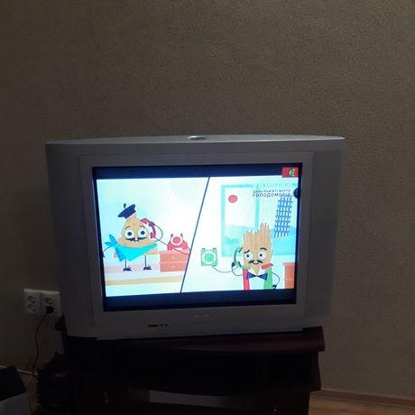 Продам телевизор Philips 27