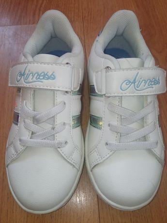 Кросівки для мацьопиків