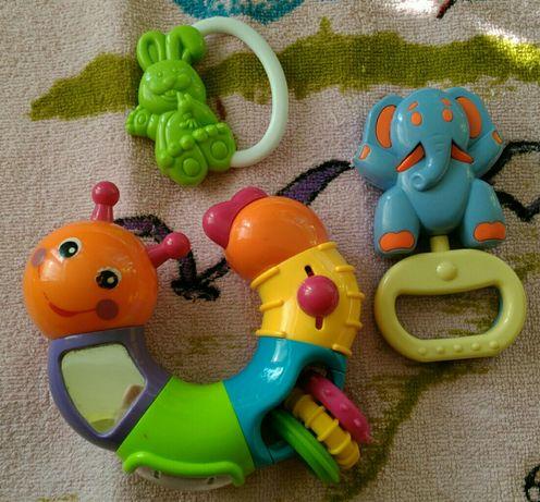Погремушка гусеница + слоник в подарок