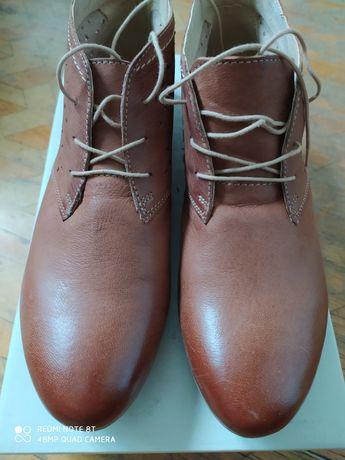 Ботинки Lasocki 40