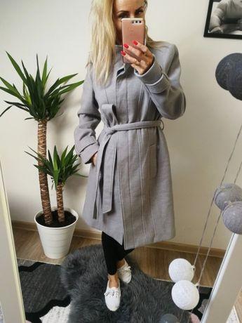 Szary nowy płaszcz F&F rozmiar L