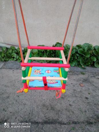 Huśtawka dla dzieci drewniana