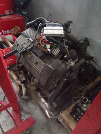 Kompletny silnik m52b25 1vanos
