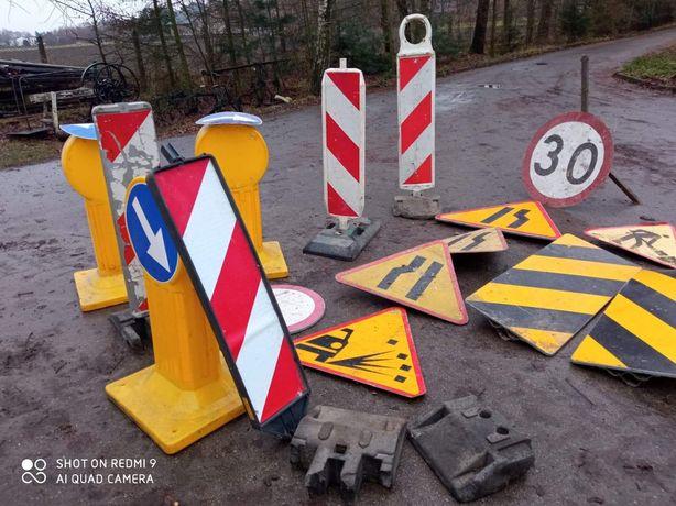Znaki drogowe różne