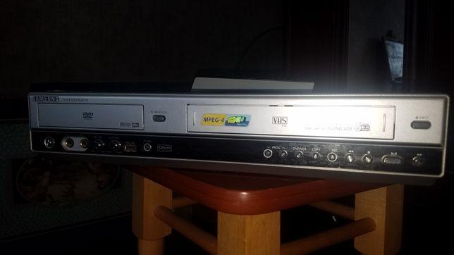 DVD & VCR плеєр Samsung