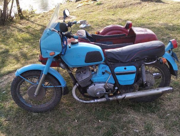 продам мотоцикл іж юпітер 4 з коляскою
