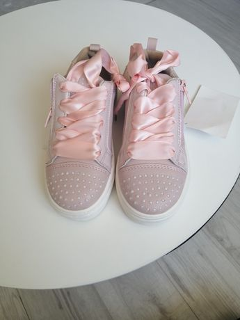 Нові стильні кросівки/кроссовки/слипони/кеди для дівчинки