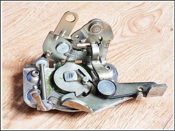Oryginalny zamek drzwi LEWY Fiat 126p maluch / BIS Nowy!