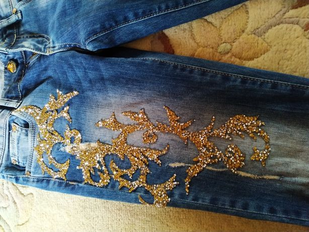 Шикарные,крутые джинсы