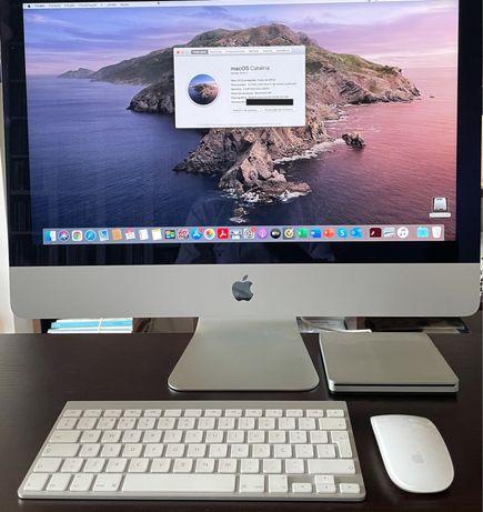 """iMac 21,5"""" [late 2012] com drive externa de CD - em excelente condição"""