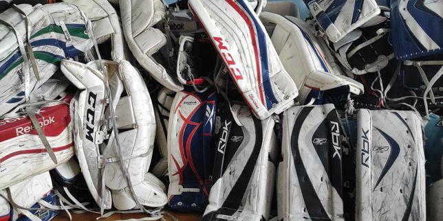 Щитки,ловушки,блины и нагрудники для хоккейного вратаря