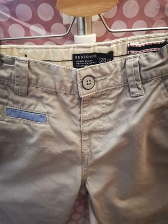 Spodnie chinosy Reserved roz. 128