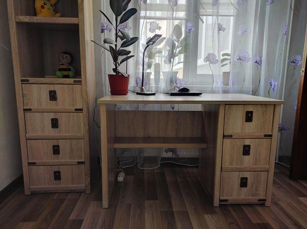 Мебель в детскую, шкаф + пенал + стол