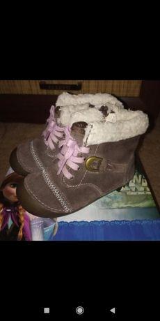 Фирменная американская обувь для девочки