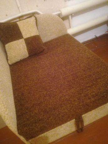Срочно продам  раздвижной угловой диван(1 спальное место)