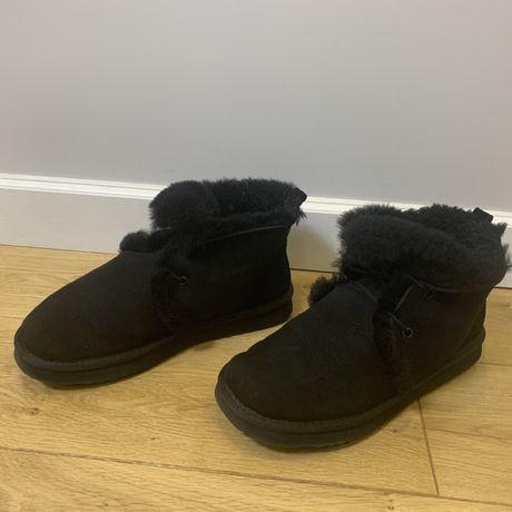 Зиние ботинки (угг) овчина женские