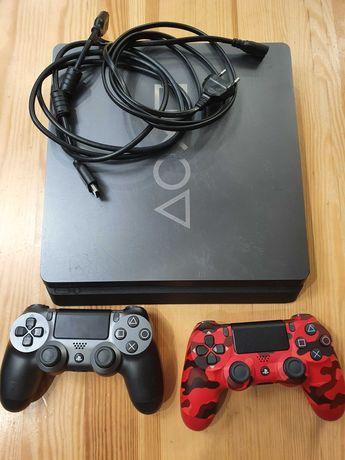 Playstation PS4 Slim 1TB + 2 pady